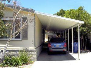 desain rumah garasi samping